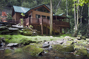 Treehouseu0027s Exceptional Amenities Clearly Distinguish It From Ordinary  Nantahala Mountain Cabins U2014 Cathedral Ceilings; Hardwood Floors; Leather  Furniture; ...